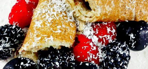 Havermout pancake met cranberry, kokos en rood fruit